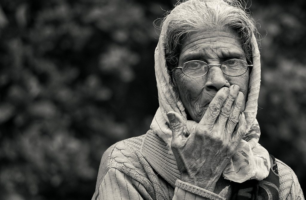 old lady, black and white, monochrome