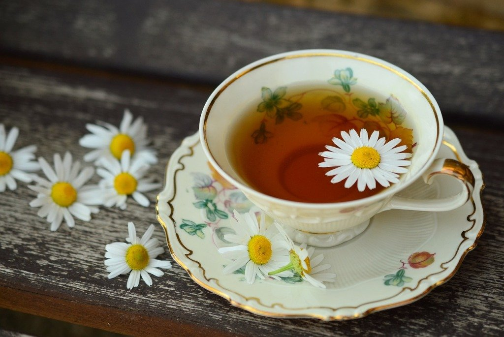 Chamomile-tea-alternative therapies